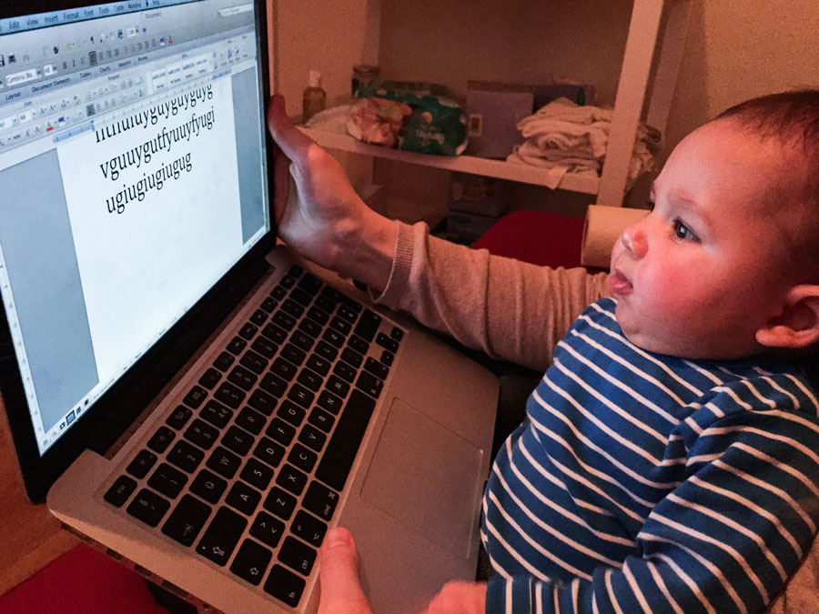 Hugo typing his first email